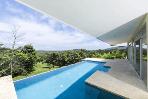 buy property tamarindo