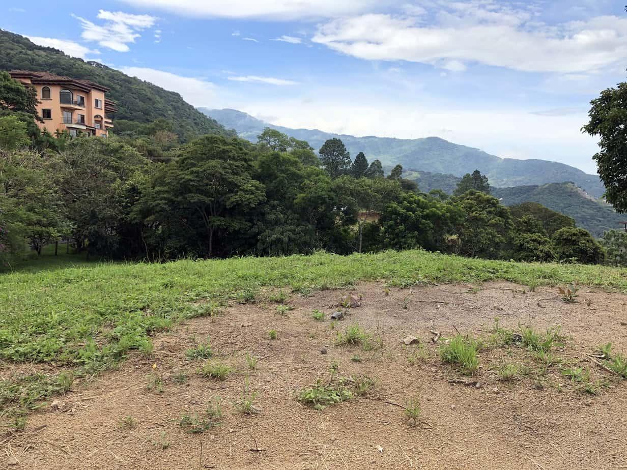 12.5 hectares in Escazu